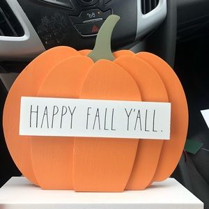 Happy fall y'all decor